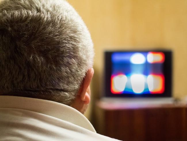 Россияне в 2019 году тратили на просмотр ТВ в среднем более 3,5 часов в день