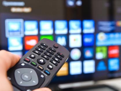 Smart TV сравнялись в продажах с обычными телевизорами